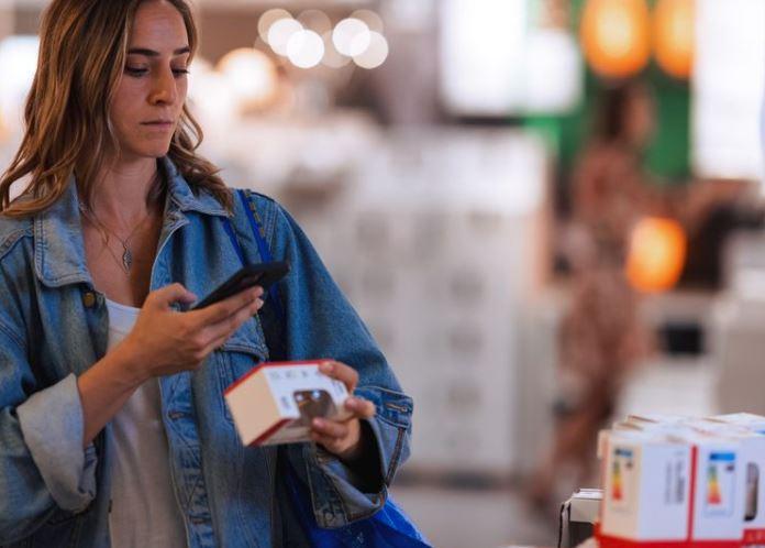 IKEA Sverige öppnar självscanning via app i butik, följer Coops spår